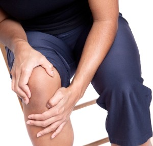 Knee_Pain_-_shutterstock_48489397